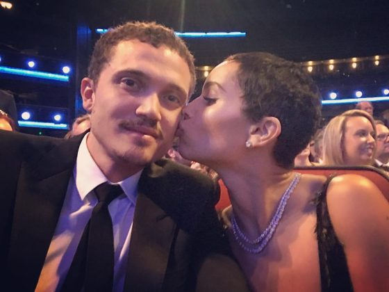 Zoe and Karl celebrating 1 year of going strong with a tender kiss on the cheek. (Photo: Instagram)