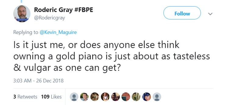 So tacky to inherit a gold piano from Queen Victoria. Ew! (Photo: Twitter)