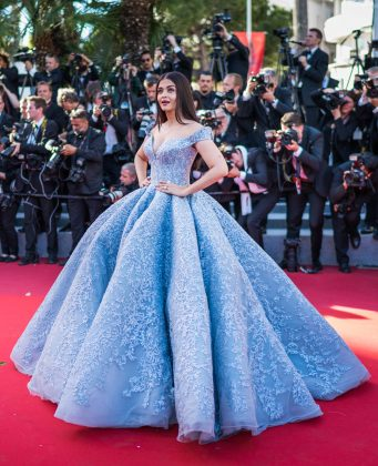 Aishwarya Rai went full-out princess at Cannes Film Festival 2017 in a Cinderella-esque light blue couture gown by Michael Cinco. (Photo: WENN)