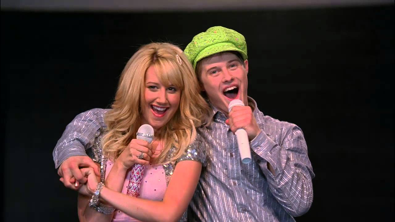 who is ryan from high school musical dating