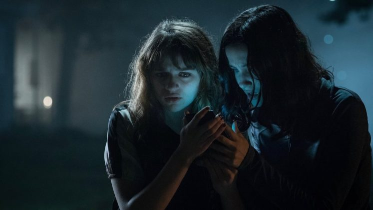 "Hey horror fans: Did you love ""The Ring""? Ok, ""The Slenderman"" is like that… but bad. A group of Massachusetts teens summon a skinny dude who subsequently drives them mad and kills them. Worth its 7% on Rotten. (Photo: Release)"