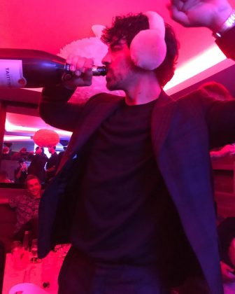 Joe Jonas partied the night away to ring in 2019. (Photo: Instagram)