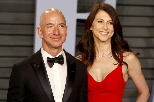 Here are the best Twitter reactions to Jeff Bezos and MacKenzie Bezos divorce news. (Photo: WENN)