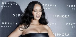 "Rihanna is suing her father over the use of ""Fenty"" name. (Photo: WENN)"