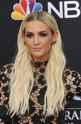 "Neither Ashlee Simpson nor Wilmer confirmed rumors they dated for almost a year in 2005. But if you listen to Ashlee's song ""Boyfriend"" you'll get a sense that they did. (Photo: WENN)"