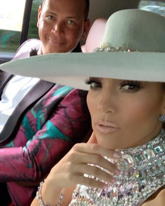"Jennifer Lopez and her ""macho"" Alex Rodriguez took a quick selfie before hitting the red carpet of the 2019 Grammys. (Photo: Instagram)"
