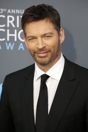 "Harry Connick Jr. said he's boycotting the Super Bowl over the blown non-call late in the NFC Championship Game between New Orleans Saints and the Rams. ""[It] was one of the most disgraceful no-calls I've ever seen."" (Photo: WENN)"