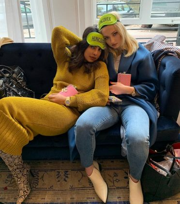 Despite rumors that the Jonas family dislikes her, Priyanka Chopra seems to have become good friends with Sophie Turner. (Photo: Instagram)