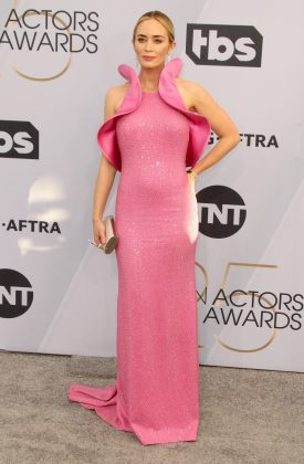 Blunt stole the show on the red carpet at the 2019 SAG Awards in a sparkly pink Michael Kors dress with a dramatic ruffled design. (Photo: WENN)
