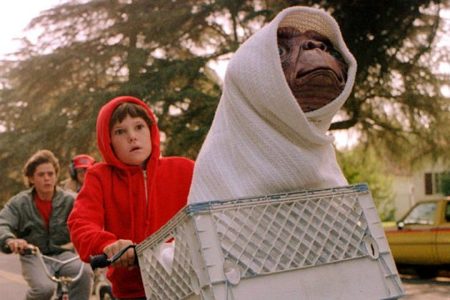 'E.T.' lost to 'Ghandi' at the 1983 Academy Awards. (Photo: Release)
