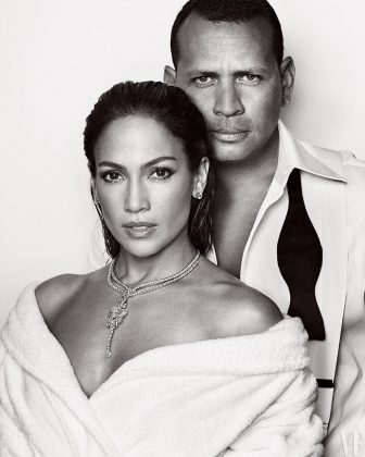Jennifer Lopez and Alex Rodriguez posing for the cover of Vanity Fair's December issue. (Photo: Instagram)