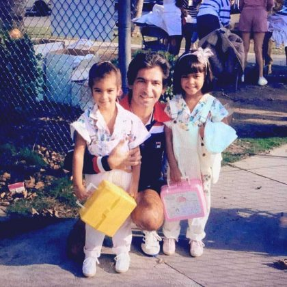 Kim and Kourtney posing with her dad during their first day of school. (Photo: Instagram)