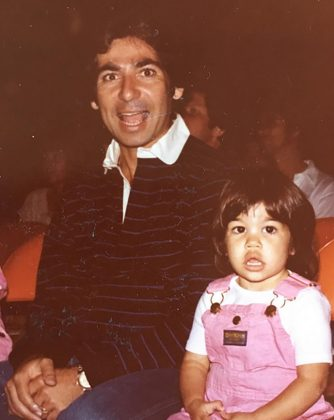 Proof of the uncanny resemblance between Kourtney Kardashian and her dad. (Photo: Instagram)
