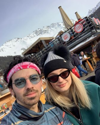 """Sophie and """"her love"""" in the mountains. (Photo: Instagram)"""