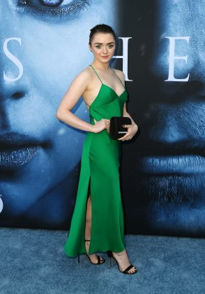 Maisie Williams looked gorgeous in a green spaghetti straps dress at the 'Game of Thrones' season 7 premiere. (Photo: WENN)