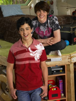 The series followed step-brothers Drake and Josh as they navigated their new sibling relationship and the ups and downs of their high school lives. (Photo: Release)