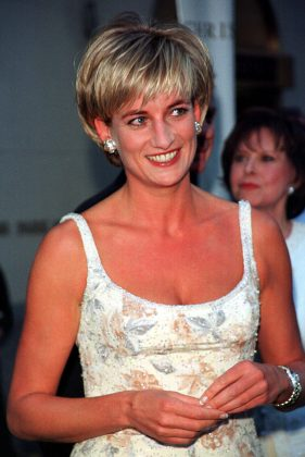 The actor compared her story of Princess Diana's. (Photo: WENN)