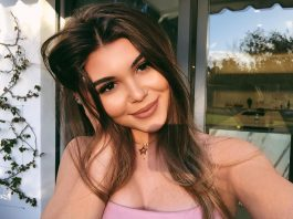Lauri Loughlin's daughter, a social media star with millions of followers, didn't even want to go to college. Keep reading to learn more about Olivia Jade. (Photo: Instagram)