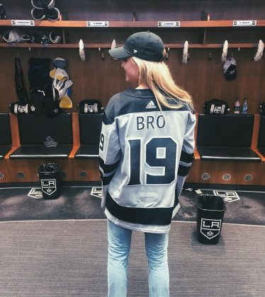 Bro and Efron both attended the L.A. Kings hockey game on March 1. She took a picture of herself in a customized jersey. He posted a selfie with a Kings hat. (Photo: Instagram)