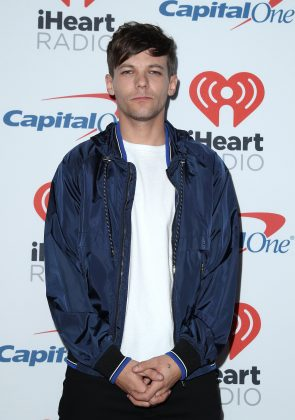 "Tomlinson also noted he was ""bugged"" that Malik didn't turn up to his first X Factor performance following the death of his mom in 2016. (Photo: WENN)"