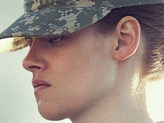 "Superbly unsettling, ""Camp X-Ray"" pointedly highlights how incarceration dehumanizes inmate and guard alike. Kristen Stewart's steeliness is perfectly suited to its ironies. A proof that she can actually act! (Photo: Release)"