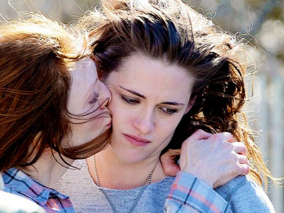 "While it's no surprise that Moore is so good in this drama that honors its delicate themes with bravery and sensitivity, ""Still Alice"" has an unexpected trick up its sleeve: the gentle performance of Kristen Stewart as Alice's daughter. (Photo: Release)"