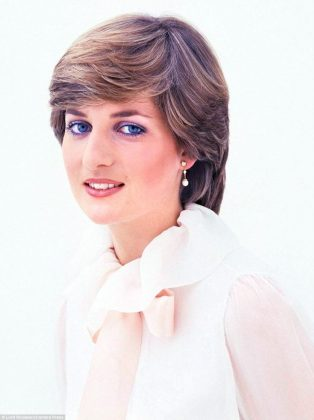 "Show runner Peter Morgan said that Corrin has the ""innocence and beauty of a young Diana."" (Photo: WENN)"