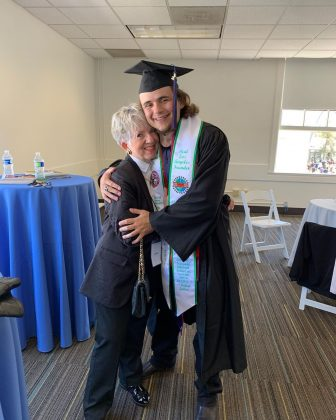 He graduated with a Bachelor's Degree in Business Administration. (Photo: Instagram)