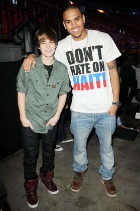 Justin Bieber took to Instagram to speak up in favor of Chris Brown. (Photo: WENN)