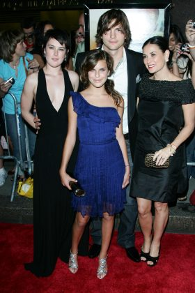 Ashton has remained friends with Rumer, Scout and Tallulah. (Photo: WENN)