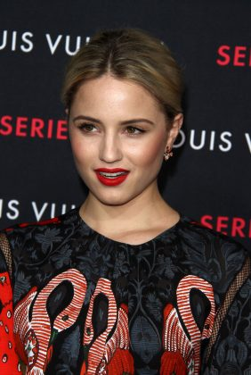 Shortly after her split from Alex Pettyfer, Dianna Agron hit it off with Chris at a pre-Oscars party in 2011, and went on to date briefly. (Photo: WENN)