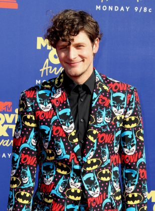 Sorry, Brett Dier, but this was the MTV Movie Awards, not the Kids Choice Awards. (Photo: WENN)