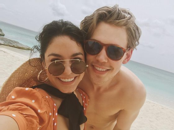 Could this two get married already? It would get us out of depression. (Photo: Instagram)