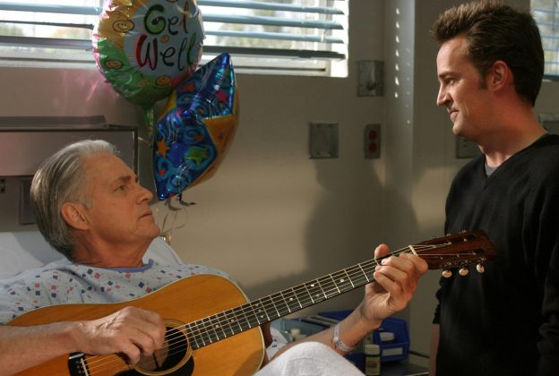 """Scrubs"" featured a lot of interesting guest stars—including Matthew Perry. He played Murray, the son of one of J.D.'s patients who needs a kidney transplant. (Photo: Release)"