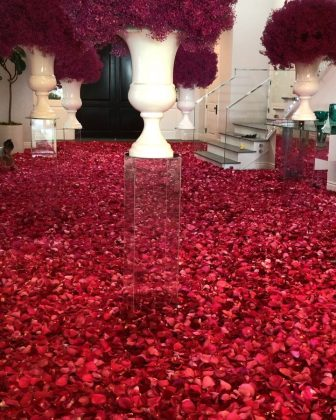Boyfriend Travis Scott kicked off Kylie's birthday week by covering her entire house with rose petals. (Photo: Instagram)