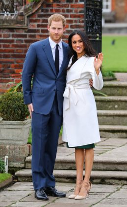 When announcing their engagement, Meghan chose not to wear pantyhose. This might seem like nothing special for most women under 85, but it's highly unusual for a royal. (Photo: WENN)