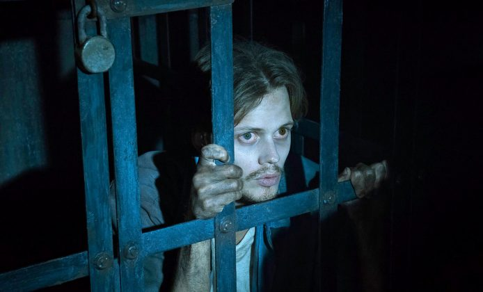 """""""It"""" hasn't been his only work in genre. Following his performances as Pennywise, Bill was cast in the anthology horror series """"Castle Rock"""" also based on Stephen King's stories. (Photo: Release)"""