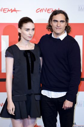 "Joaquin Phoenix is in a relationship with actress Rooney Mara. They first met on the set of ""Her"" and eventually fell in love while filming ""Mary Magdalene."" (Photo: WENN)"