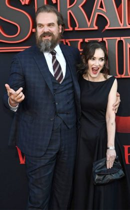 David and Winona are good friends in real life. (Photo: WENN)