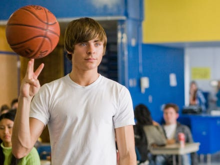 "In ""17 Again"" a dissatisfied Matthew Perry mysteriously becomes his teen self, portrayed by Efron, which gives him a chance to relieve his high school glory days. (Photo: Release)"