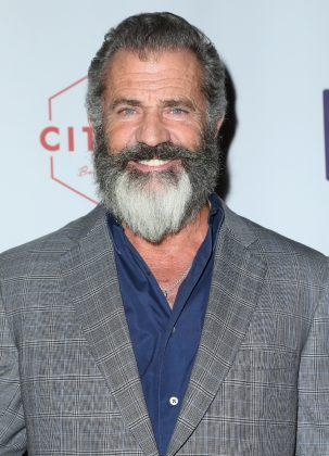 """""""I don't know how you make it back after the taxman get you… What did they spend on 'Batman vs. Superman' that they´re admitting to? And it's a piece of s**t.""""—Mel Gibson. (Photo: WENN)"""