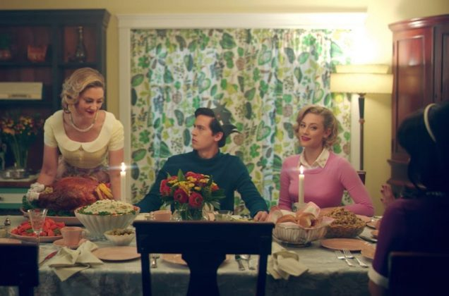 "Lili Reinhart celebrated Thanksgiving with her ""Riverdale"" family. (Photo: Instagram)"