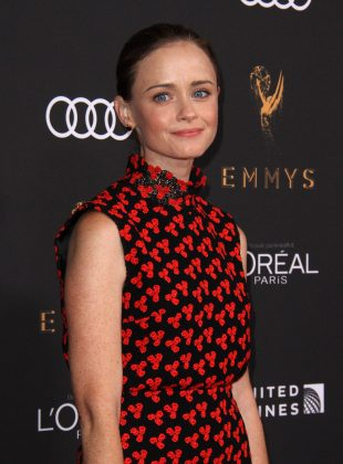 """News broke that the """"Gilmore Girls"""" star Alexis Bledel had become a new mom at least 5 months after the birth of her son. (Photo: WENN)"""