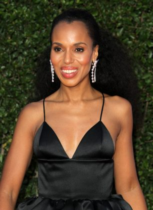 Kerry Washington kept her first pregnancy concealed until she was about four months along, when a stint on S.N.L. made it hard to hide! (Photo: WENN)