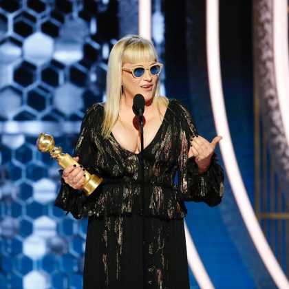 From the sunglasses to her overkill plunge, Patricia Arquette was a looking nightmare. (Photo: Instagram)