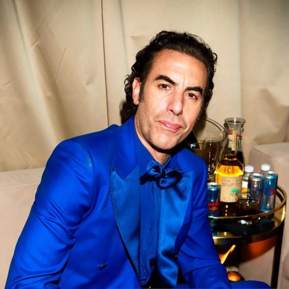 Sacha Baron Cohen's suit for the 2020 Golden Globes red carpet was brutally blue. (Photo: Instagram)