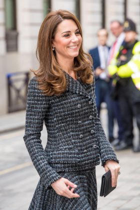 Kate Middleton wore the smartest tweed skirt and blazer suit to the Royal Foundation's Mental Health in Education conference. (Photo: WENN)