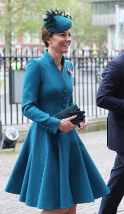 Prince William's wife attended the Anzac Day Services wearing a sharp peacock blue coatdress featuring peaked shoulder and a gently pleaded skirt. (Photo: WENN)