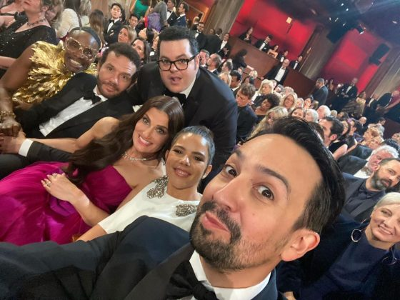 This Josh Gad selfie with his seat mates feels like it is about to break out in song. (Photo: Instagram)