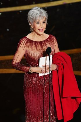 Jane Fonda has been an iconic blonde for decades. So it was a bit shocking to see her new color on stage at the Oscars! (Photo: WENN)